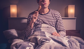 Late night eating can be bad for your overall and oral health!