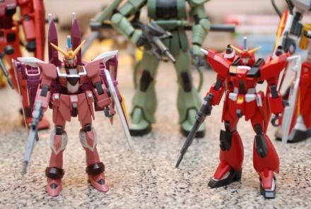 HG Justice and Saviour Gundams