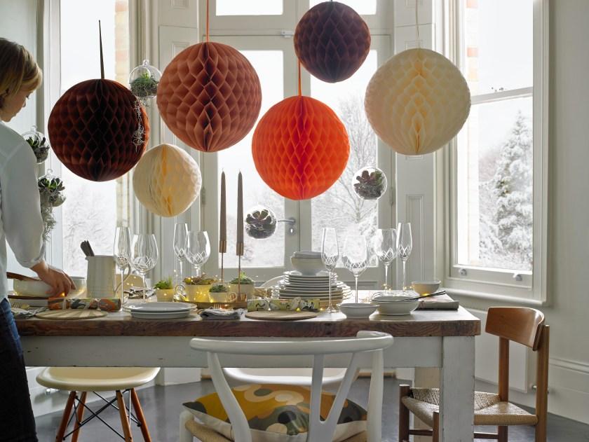 51717_Christmas table 2.tif