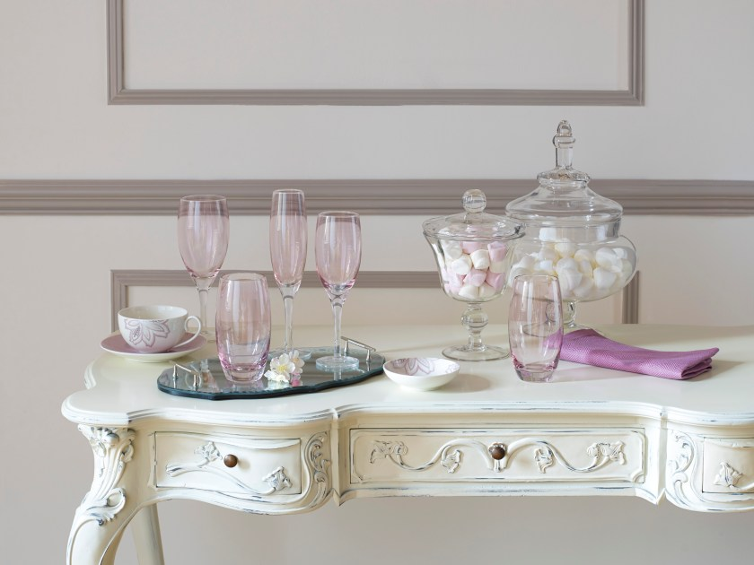 Chantilly with Rose Lustre Console Table.jpg_8481.jpg