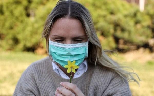 Máscara de Proteção Facial – Como Acalmar Pele Irritada