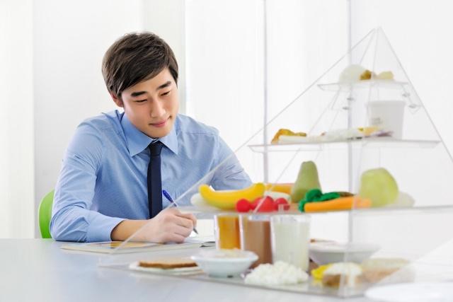 Como gerenciar bem uma clínica de nutrição: dicas para o sucesso da gestão em saúde
