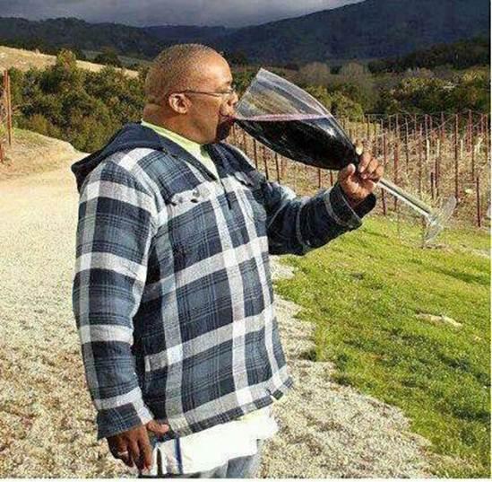 Unii doctori recomandă un pahar de vin roşu pe zi