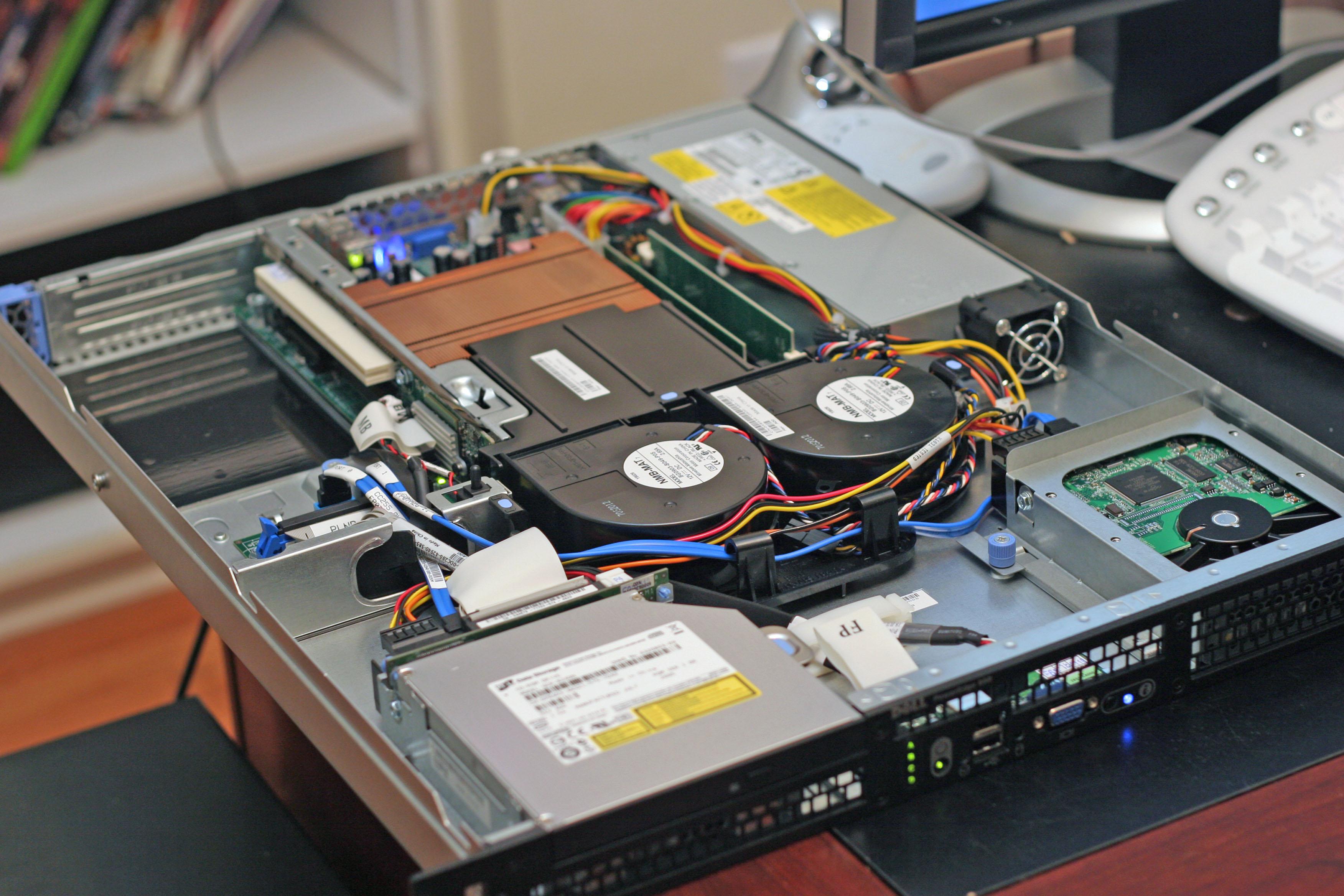 3 Cara Efektif Merawat Server Dan Jaringannya_2