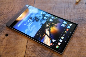 Review Tablet Super Tipis 6 Milimeter Dell Venue 8 7000_2