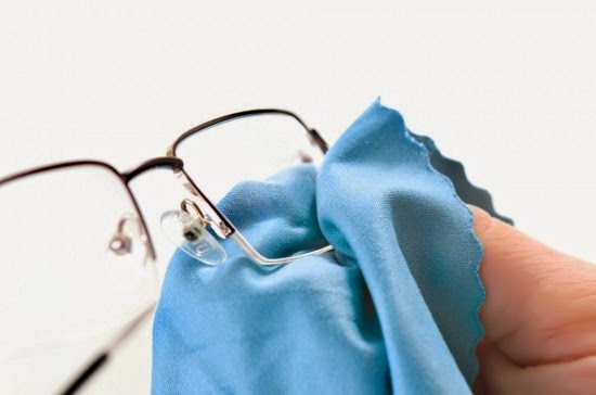 Gunakan kacamata