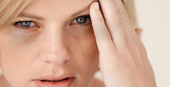 Munculnya garis-garis halus pada wajah