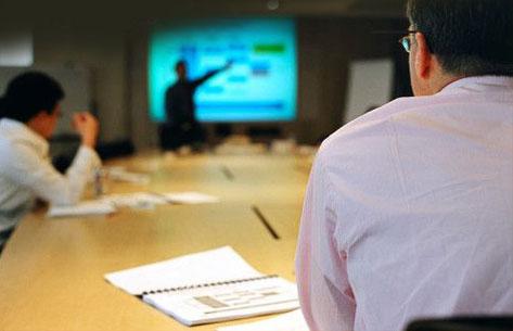 LED TV Apakah Bisa Menggeser Penggunaan Proyektor di Ruang Meeting Perusahaan?