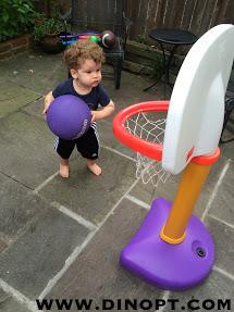 stand basketball