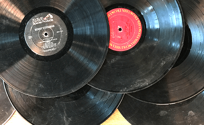how to clean vinyl