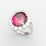 お花のようなルビーダイヤ取り巻きリング。  かわいくないですか?