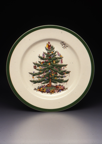 """Regimental Oak"" shape dinner plate with ""Christmas Tree"" pattern, Designer: Harold Holdway, 1938, Dallas Museum of Art, gift of Stephen Harrison in honor of George Roland"