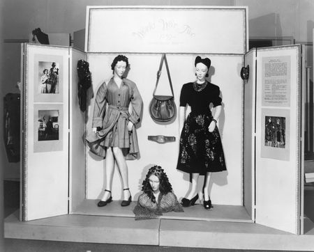 The World War II section of the exhibition Costumes of Seven American Wars