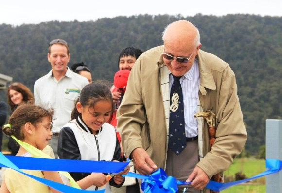 lake-matheson-opening-sir-tipene