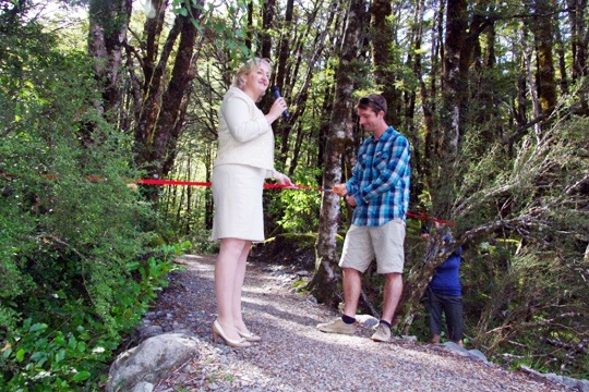 Cutting the ribbon! Minister for the Environment, Amy Adams, and Zeb Patterson (the great, great, great, grandson of Arthur Dudley Dobson), open the Arthur's Pass Walking Track