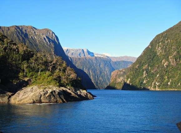Milford Sound. Photo: CameliaTWU | flickr | CC BY-NC-ND 2.0.
