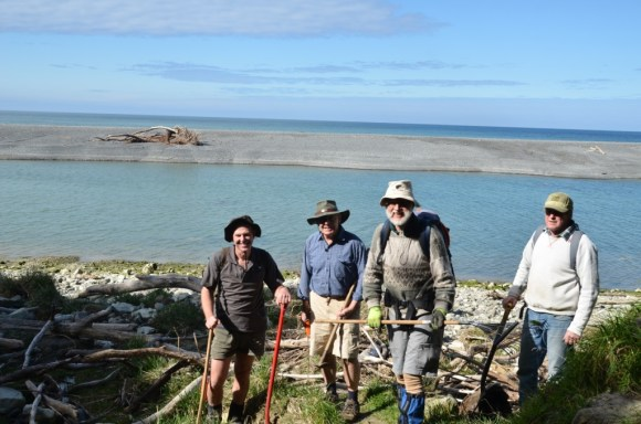 Services Ranger Ian Hankin (left) and three volunteers; now we will get some work done!