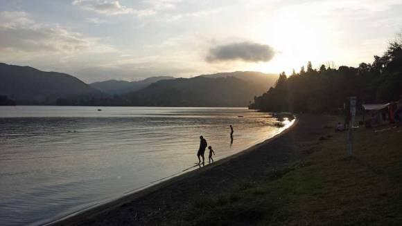 Sunset over Lake Okareka campsite, Rotorua. Photo: Elizabeth Marenzi.