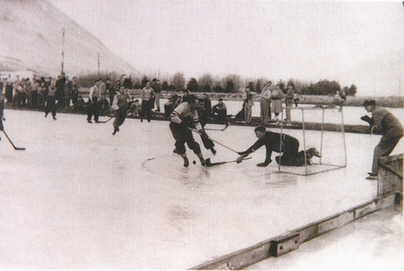 The hockey rink c.1949. Photo: Geraldine Museum 1830.