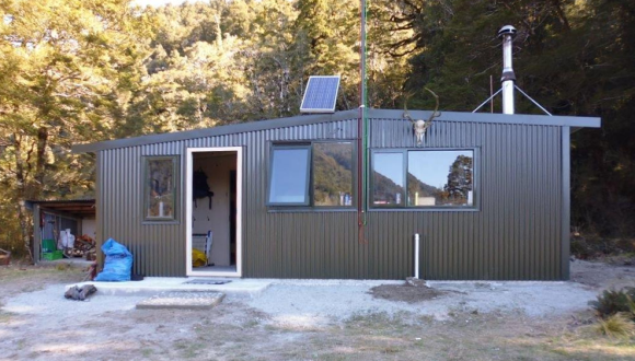The exterior of the newly refurbished Kaipo Hut, Fiordland.
