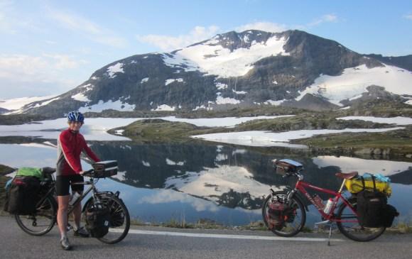 Bev on Sognefjellsvegen - the highest mountain road in Norway.