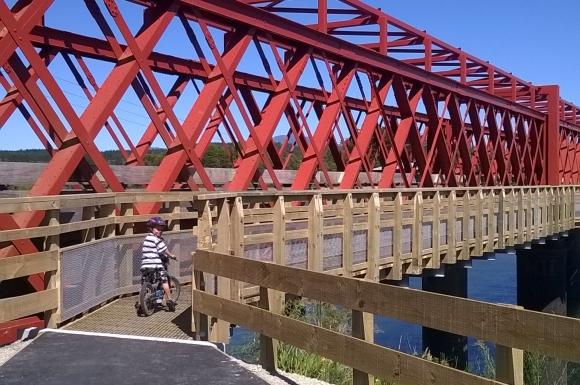 The red rail bridge near Greymouth.