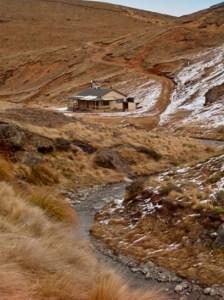 Woolshed Creek Hut. Photo: © Jorg Nittmann