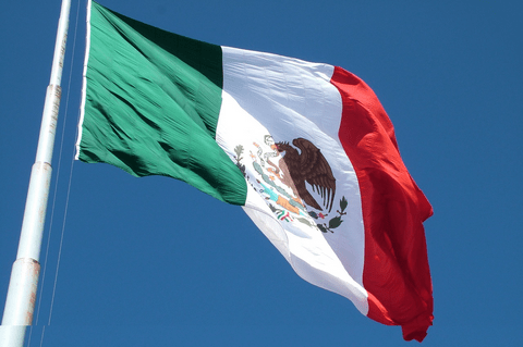 AT&T llegará a 100 millones de mexicanos en 2018
