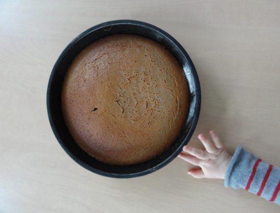 Activité cuisine : Le fameux gâteau au yaourt de Lolo