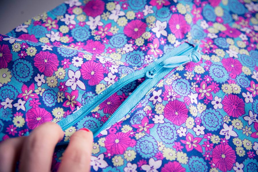 Tuto technique : Créer une poche zippée dans la doublure de votre ouvrage