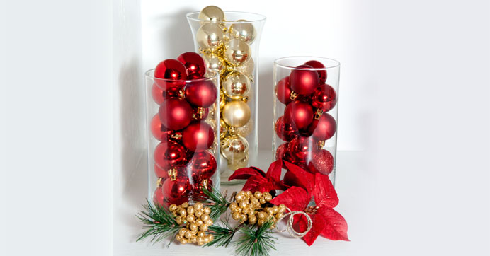 Deck Your Halls With Ornament Filled Glass Vases The