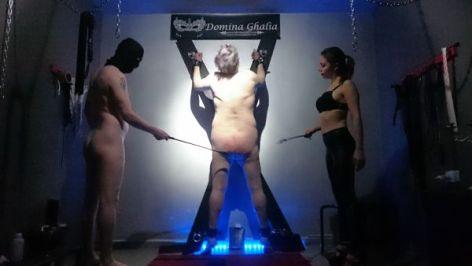 aseo castigado por Ghalia