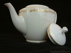 American Tea drinkers love beautiful European inspired teapots.