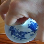 Alterantive method for holding a gaiwan.