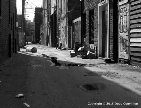 black and white photograph of an alley in Richmond, VA