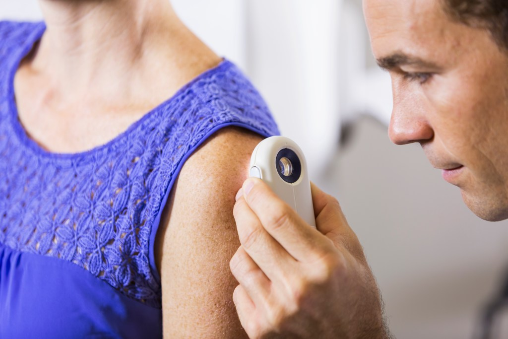 Será que é câncer de pele? Como reconhecer a doença