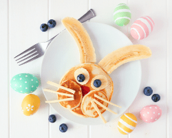 Bunny face pancakes with fruit