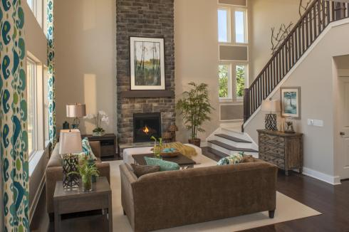 SSC-0010-00_AshLawn_LivingRm2_preview_maxWidth_1920_maxHeight_1280_ppi_72