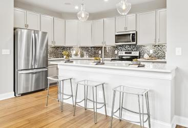 CHTH-0039S-00_Calabasas-kitchen01_preview