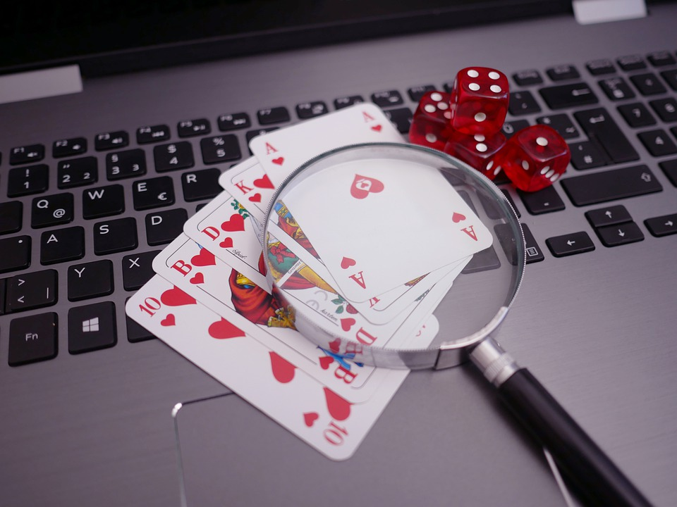 How to Keep Your Computer Secure When Playing Online Casino Games