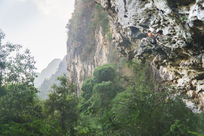 1202-LaosClimbing-0026