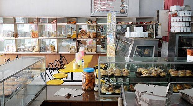 Toko Roti Tegal via klasika.kompas.id