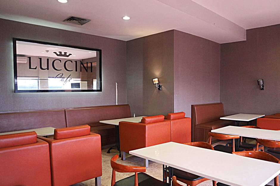 Suasana Interior Luccini Cafe dok. DuniaMasak