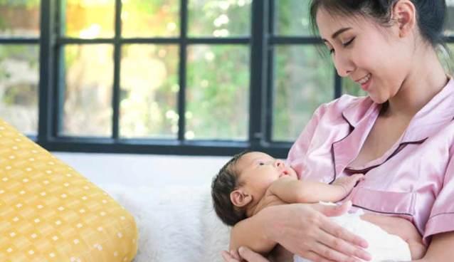 Berpuasa Bagi Ibu Menyusui via freepik ala tim duniamasak.com