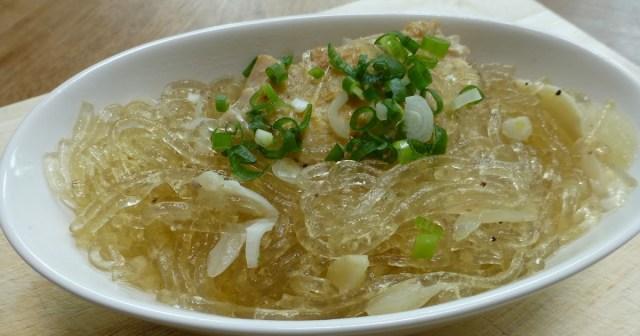 Chicken Long Rice Hawaiian Food via susan-thinkingoutloud.blogspot.co.id