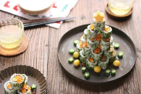 Makanan yang berbentuk pohon natal dari sushi via catalinaop.com ala tim duniamasak