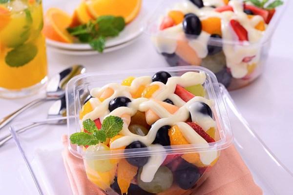Pembuatan Salad Buah ala Dunia Masak via ukmriau.com