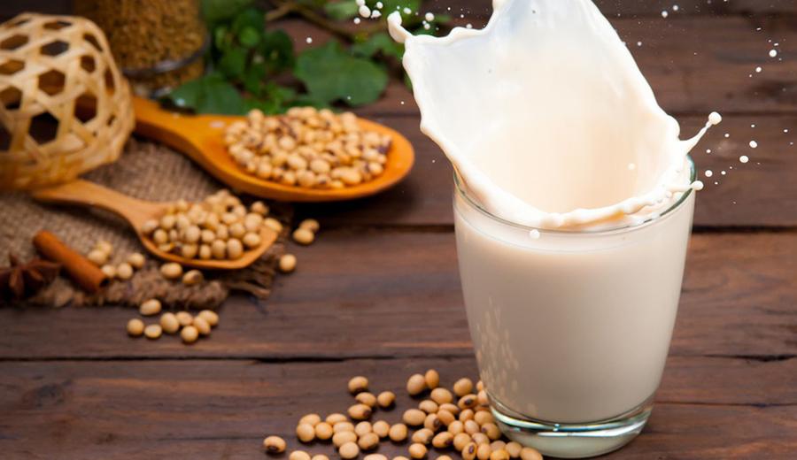 Sehat Bersama Susu Kedelai ala DuniaMasak via vox.com