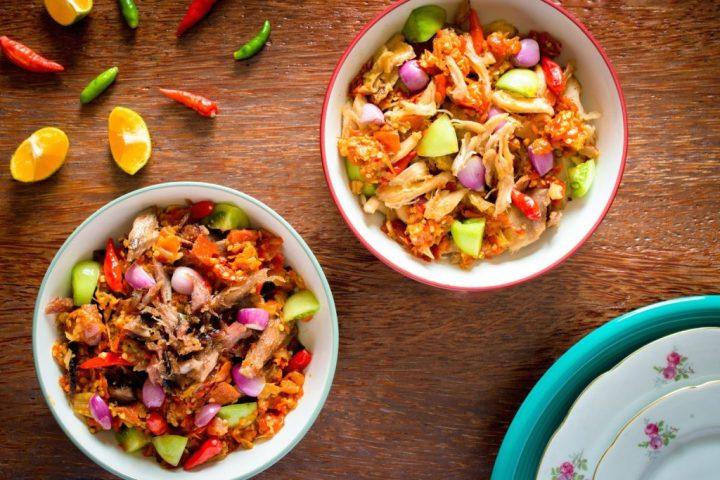 Ayam Cakalang Cabe via beautika-manado.com