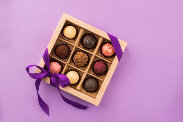 Bisnis hari valentine cokelat via freepik ala duniamasak